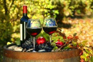 От вина сосуды расширяются или сужаются