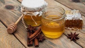 Мед и корица от холестерина: рецепты, противопоказания