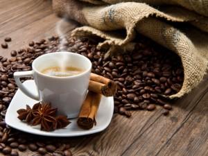 Ароматный бодрящий но безвредный ли Об употреблении кофе при гипертонии