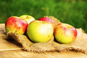 Можно ли есть яблоко при гепатите с